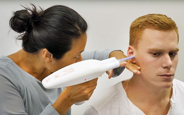 Come effettuare l'impronta per il calco dell'orecchio