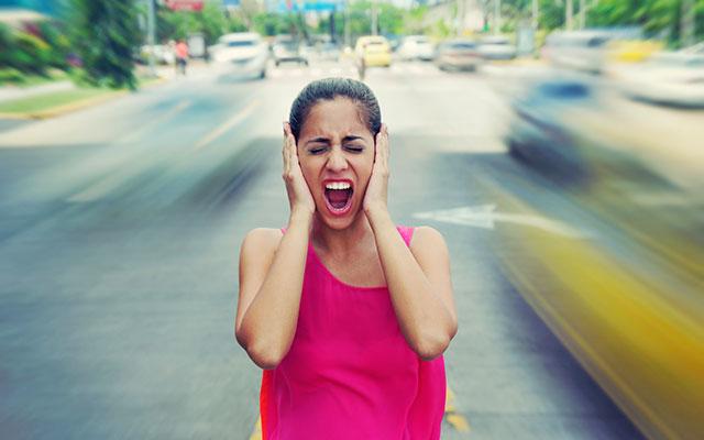Tappi per orecchie antirumore per dormire: leggi la guida!