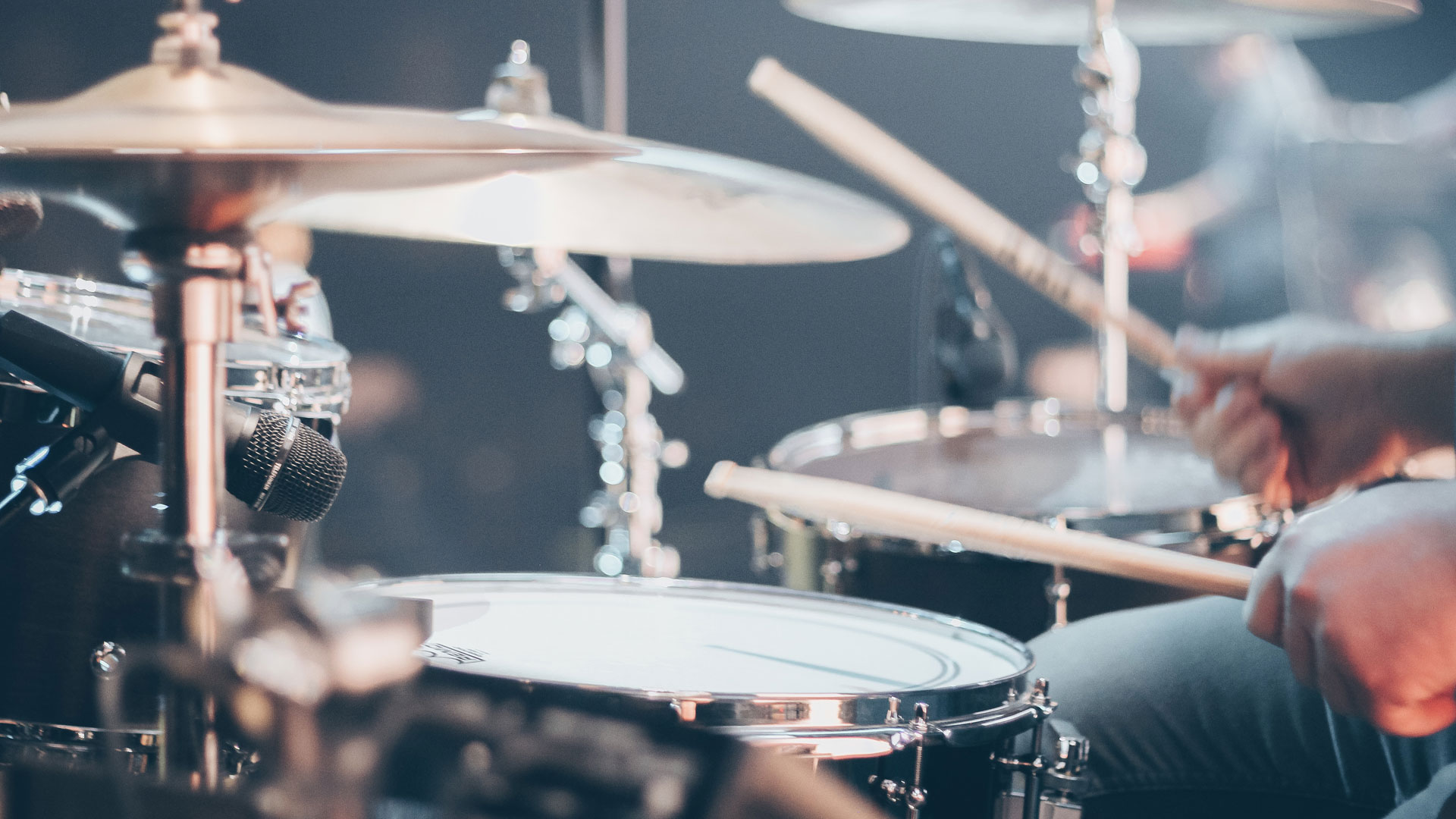 Otoprotettori su Misura per musicisti deejay musica