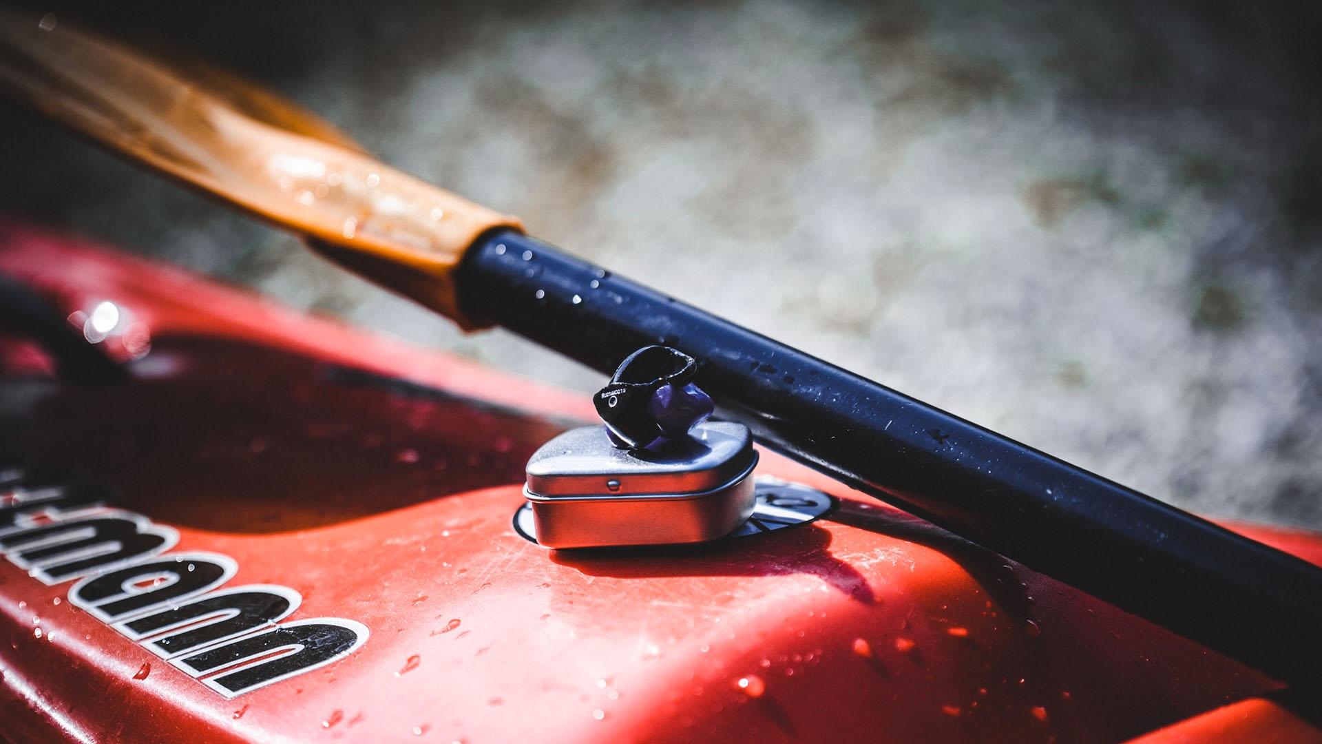 Tappi su misura e standard per lo sport in acqua