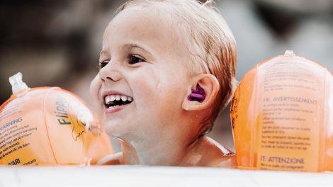 Tappi per orecchie dei bambini: una protezione acustica da utilizzare in acqua